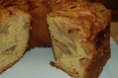 Apple Cake with a Caramel Kicker!