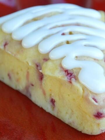 Raspberry Yogurt Mini Bundt Cakes