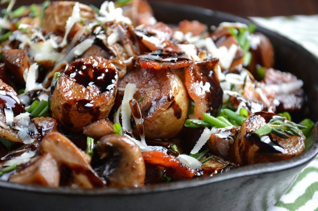 Fingerling Potatoes With Caramelized Onion And Bacon ...