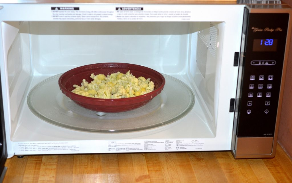 Look at the size of the microwave...its huge! That's a full sized pie plate in there!