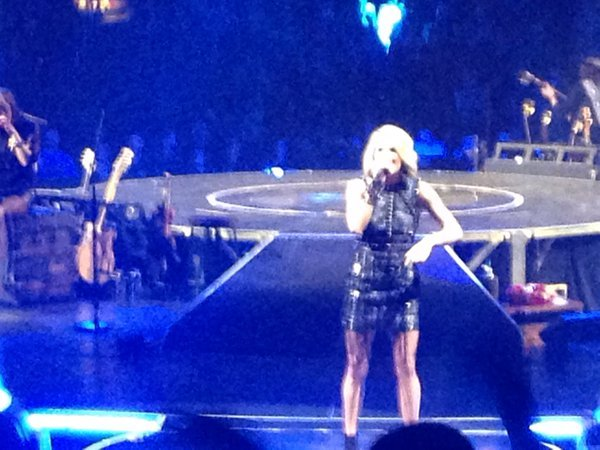 Carrie Underwood Philly Concert 2/16