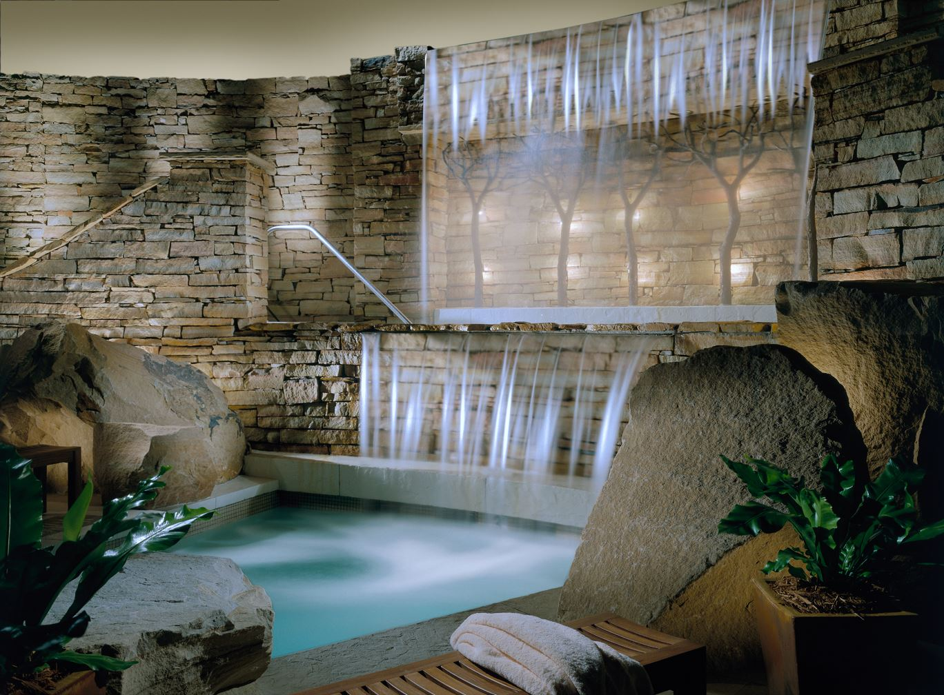 The Lodge at Woodloch - A top US destination spa located in the Pocono Mountains in PA