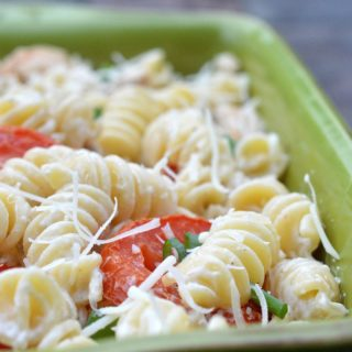 Chicken Caesar Pasta Salad A delicious twist on pasta salad!