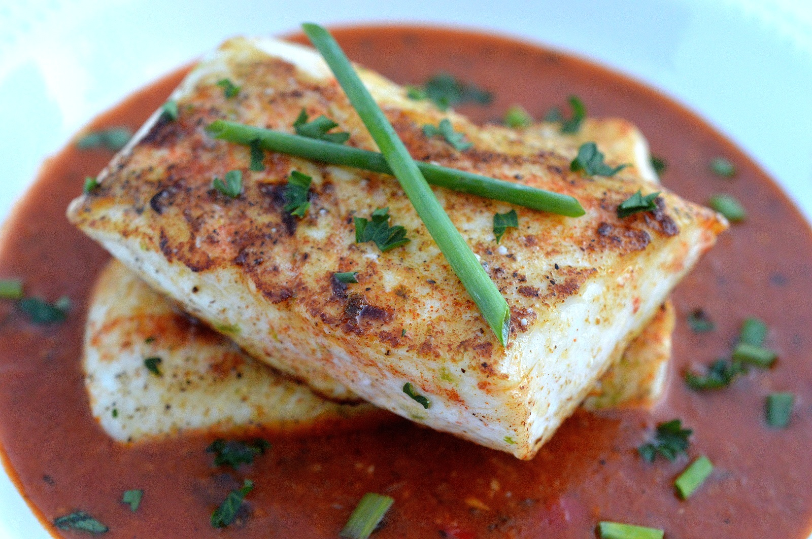 30 Minute Pan Seared Halibut in Thai Curry Sauce