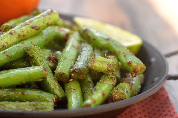 Cajun Green Beans - Healthy, delicious and just 2 ingredients to make!