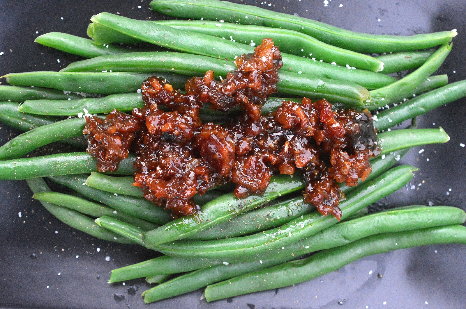 Steamed Green Beans with Bacon Jam are OMG delicious!