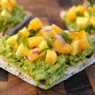 Avocado Mango Toast - Easy, healthy and delicious!