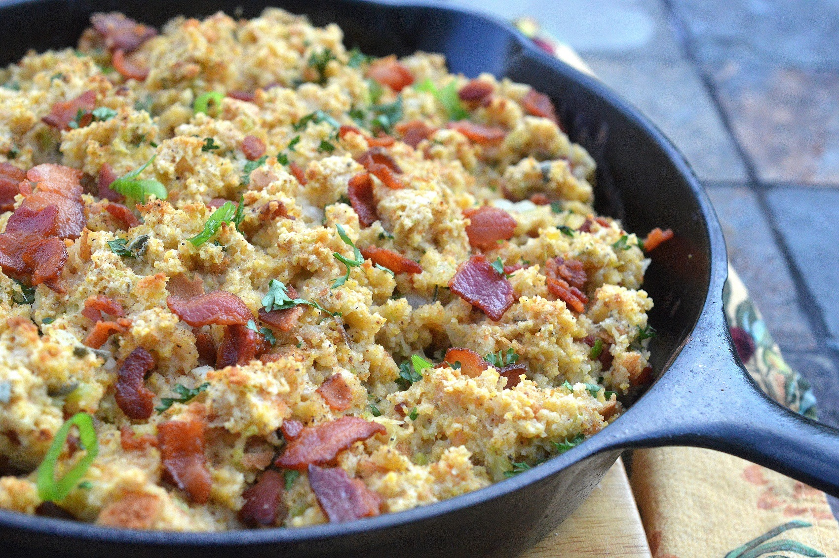 Bacon Sage Cornbread Stuffing (Bacon!!)
