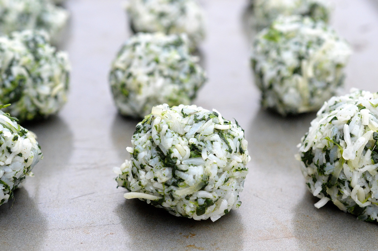 Gluten Free Rice & Spinach Balls, a delicious alternative to the traditional!