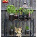 How to create an easy indoor outdoor glass jar garden.