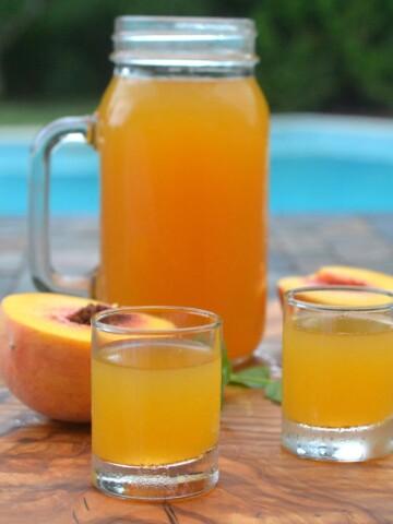Fresh Peach Moonshine