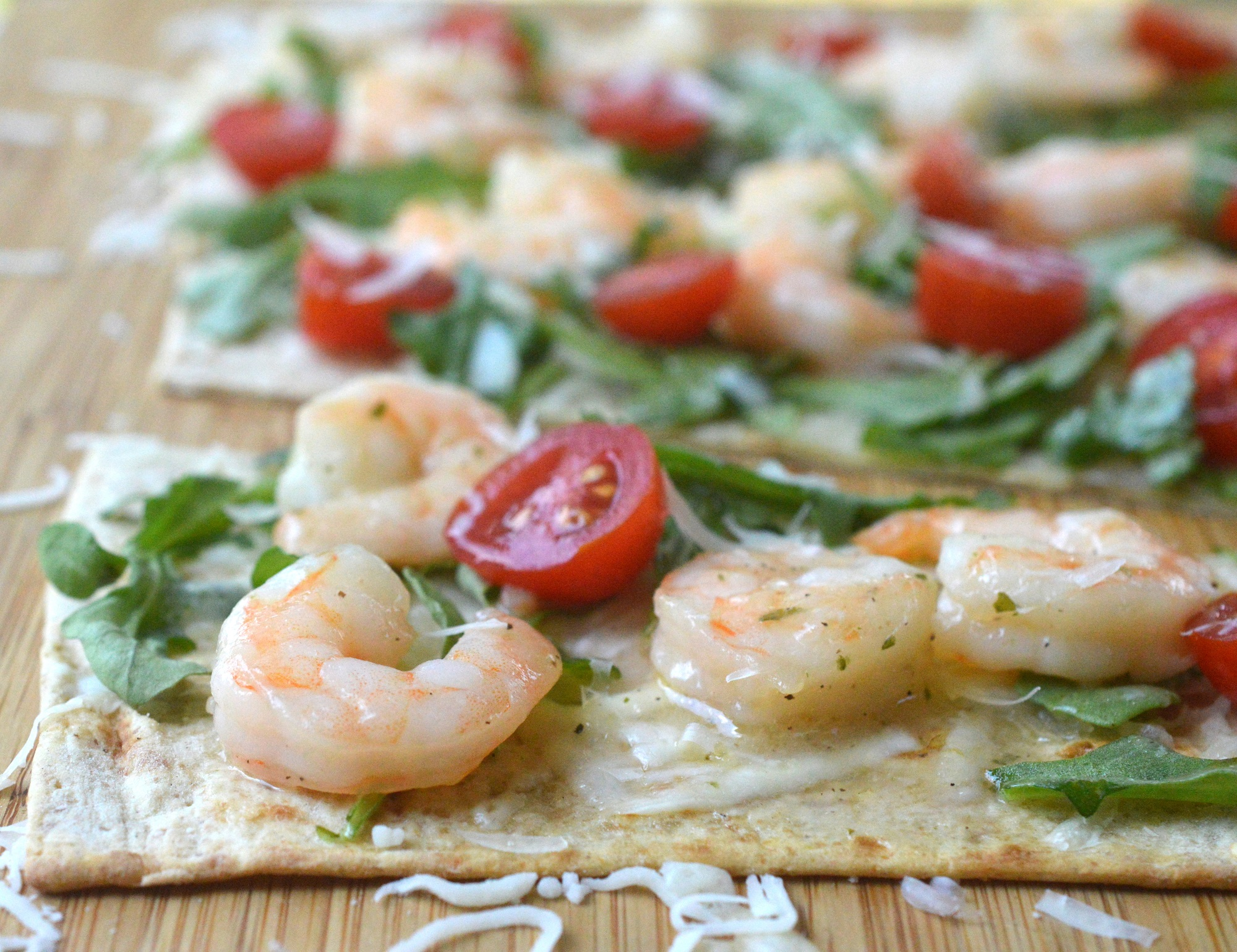 Shrimp Scampi Flatbread on very think flatbread for low carb