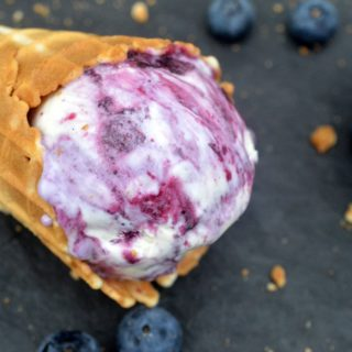 Easy No-Churn Blueberry Cheesecake Ice Cream