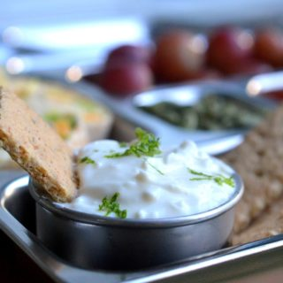 Easy Key Lime Pie Dip made with Greek yogurt