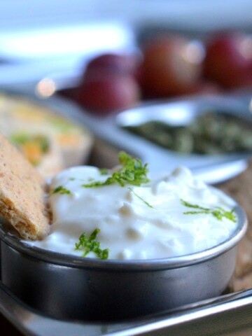 Easy Key Lime Pie Dip made with Greek yogurt