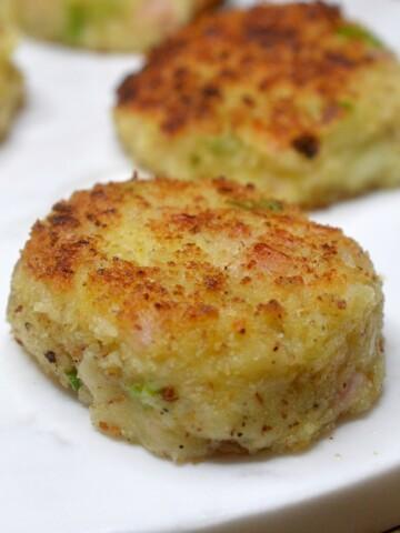 Cheesy Ham & Potato Cakes