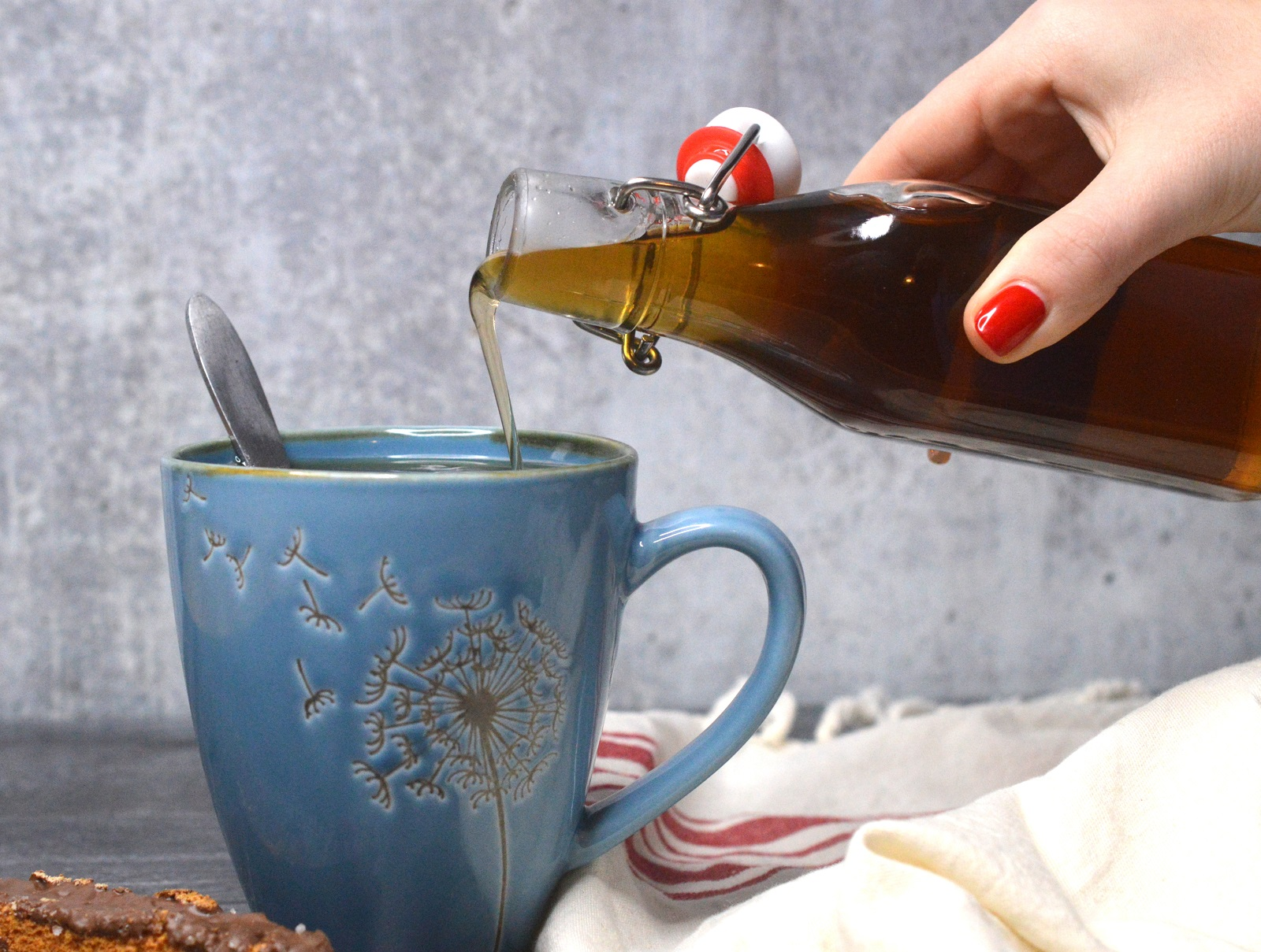 How To Make Homemade Vanilla Syrup for Coffee