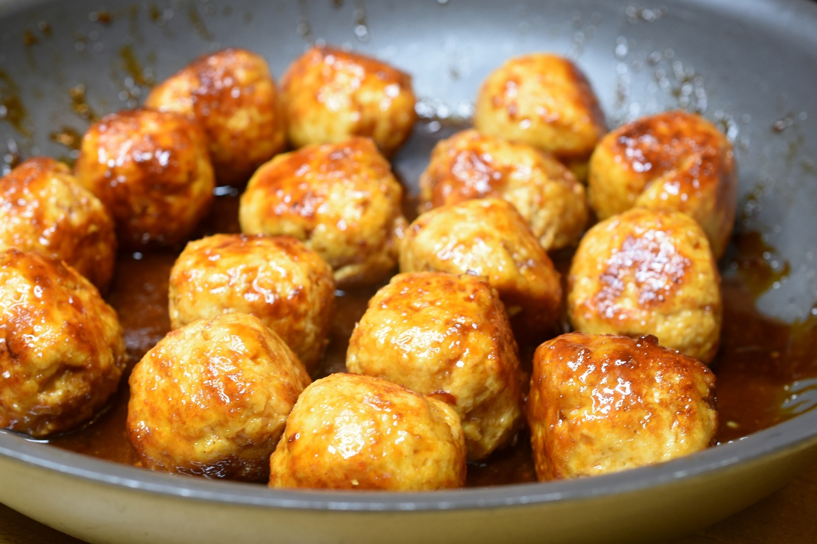 Meatballs with General Tso's Sauce