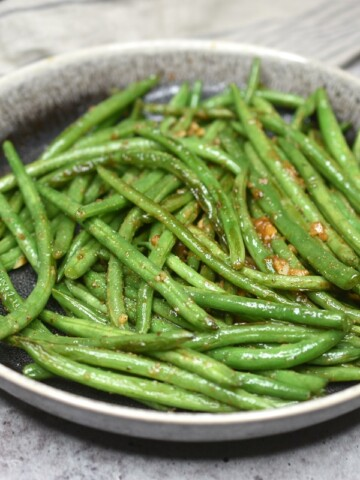 Skillet Green Beans in a bowl